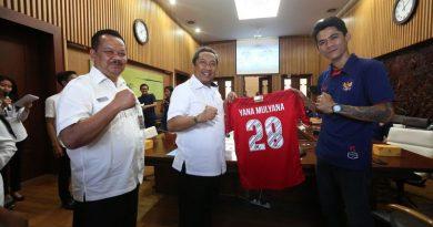Wakil Walikota Bandung Lepas Tim Homeless World Cup 2018