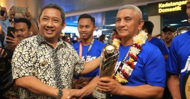 Wakil Walikota Bandung Inginkan Persib Tahun Depan Raih Hattrick